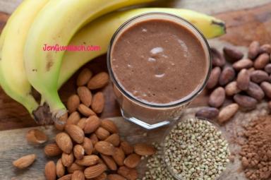 banana almond shake